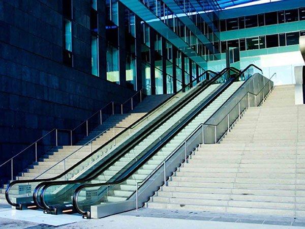 ескалатор ThyssenKrupp Tugela екстериорен