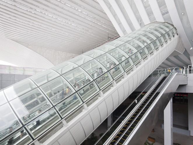 ескалатор ThyssenKrupp Victoria покрит