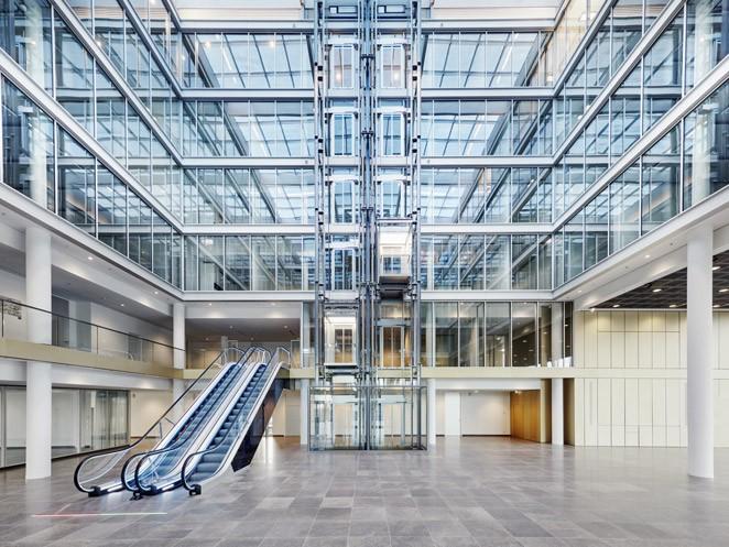 ескалатор ThyssenKrupp Velino в интериор