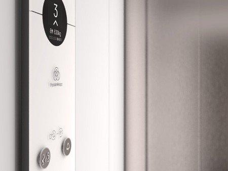 асансьор ThyssenKrupp Synergy 100 детайл интериор табло