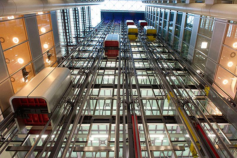асансьор TWIN с овални кабини
