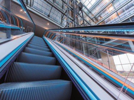 ескалатор Velino - естетични светлини детайл