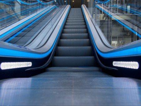 ескалатор Velino - светлини за безопасност детайл